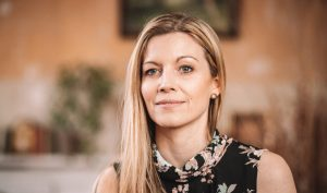 Nina Herzberg, Jenseitskontakte Medium, Spirituelle Beraterin